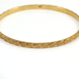 Solid 18K Yellow Gold Diamond Cut Bangle Bracelet